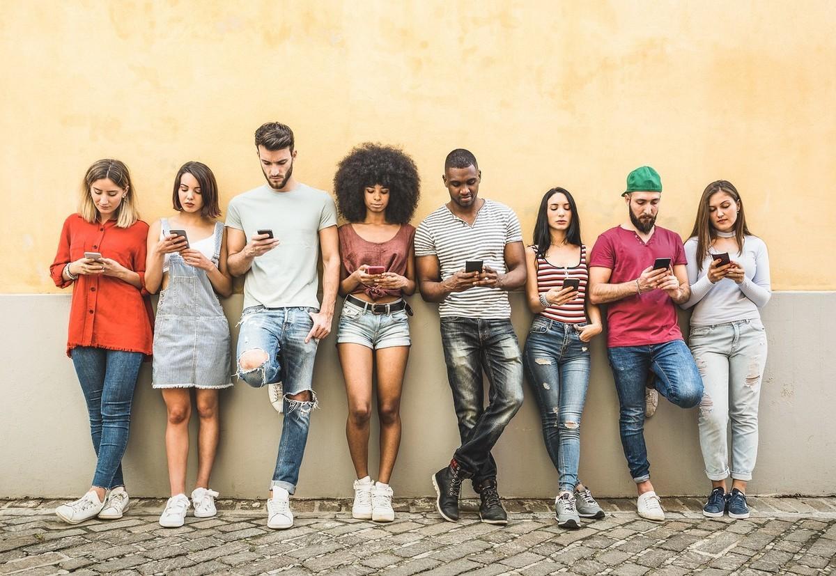 Geração Z: quem são e como falar com eles por meio de pesquisa de mercado