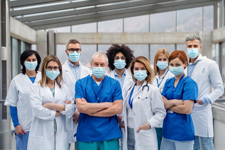 Para metade da população, fim da quarentena deve ser apontada por profissionais da saúde